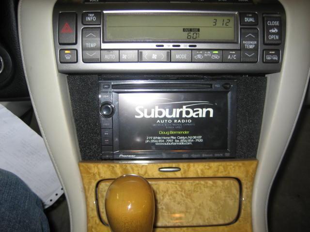 2004 suburban radio dash kit